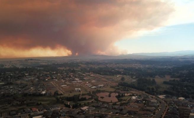 Avustralya'da yangınlar için uyarı: Çok daha fazla bina için tehlike