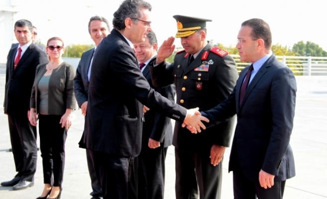 Başbakan'dan  Ankara'ya günübirlik çalışma ziyareti
