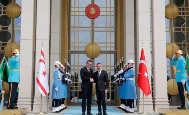 Başbakan  Erhürman, Türkiye Cumhuriyeti Cumhurbaşkanı Yardımcısı Fuat Oktay ile görüştü