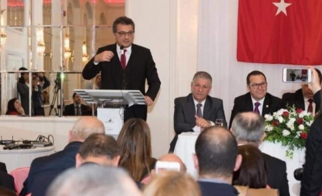 Başbakan, Londra'da Kıbrıs Türk toplumu ile biraraya geldi