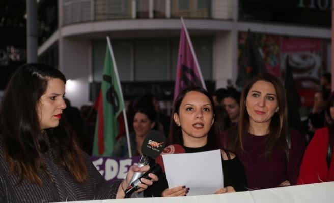 Bazı örgütlerden Kadın Günü yürüyüşü