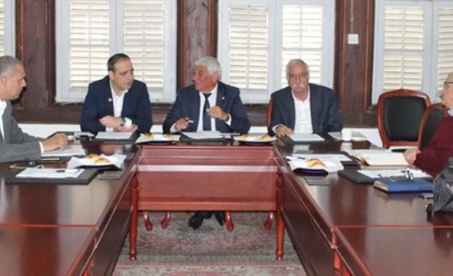 Belediyeler Birliği ile Veteriner Dairesi yetkilileri toplantı