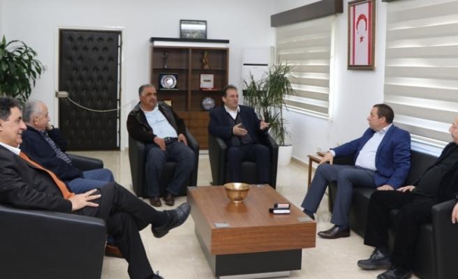 Denktaş,  Maronitlerin Güneydeki temsilcisini kabul etti