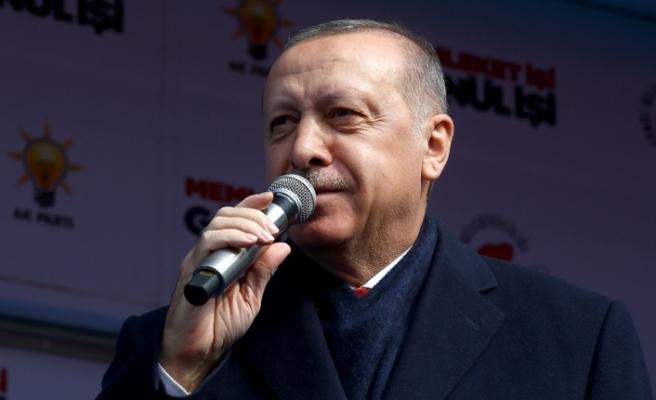 """Erdoğan'dan , Rize mitinginde CHP'ye """"Kıbrıs"""" eleştirisi"""