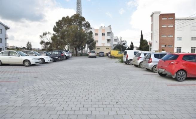 Gönyeli Belediye Bulvarı'na 227 araçlık oto park