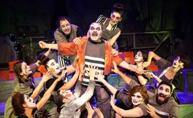 Hayalet Kumpanya oyunu, Bursa 7'nci Nilüfer Tiyatro Festivali'nde sahnelenecek