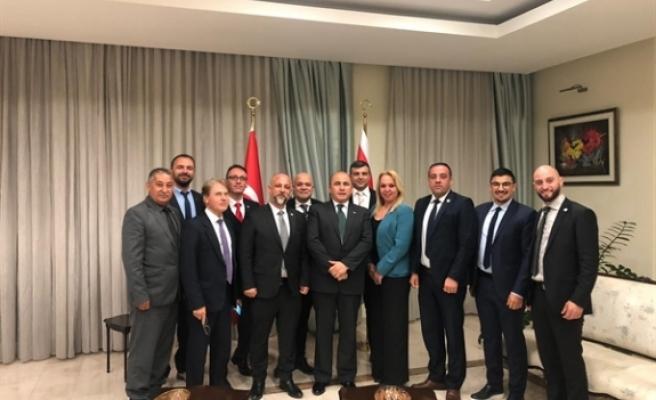 İş İnsanları Derneği TC Lefkoşa Büyükelçisi Başçeri'yi ziyaret etti