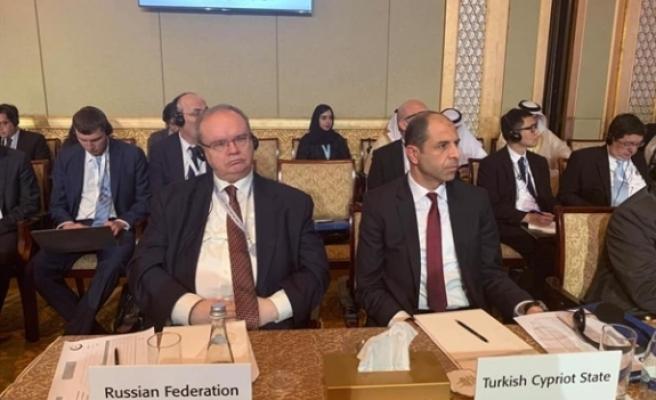 Özersay Abu Dhabi'de İİT Dışişleri Bakanları Konsey Toplantısı'nda