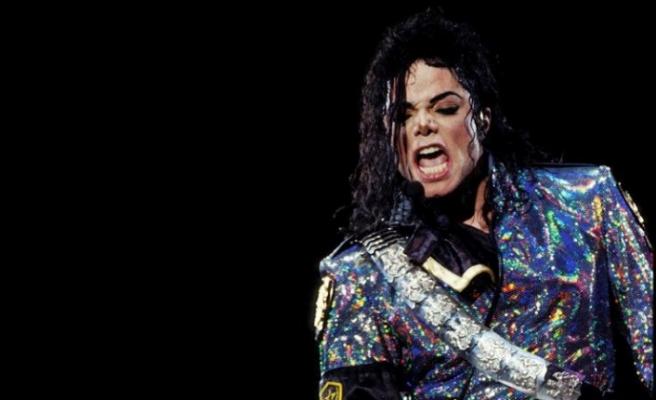 Radyolardan Michael Jackson'a cinsel taciz boykotu