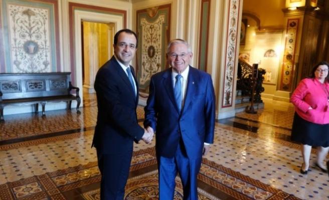 Rum Dışişleri Bakanı'nın Washington temasları sürüyor