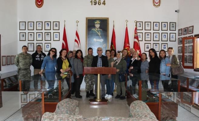 YDP Kadın Kolları Heyeti Erenköy'deki Mücahitleri ziyaret etti