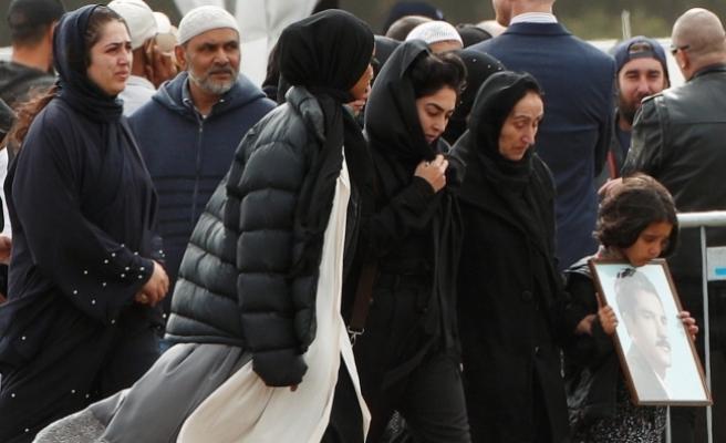 Yeni Zelanda'da terör saldırısı kurbanları toprağa verildi