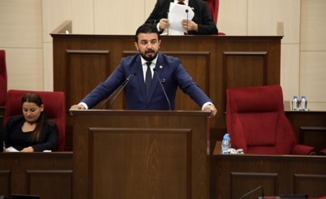 """Zaroğlu: """"Ülkedeki sistem çökme noktasında"""""""