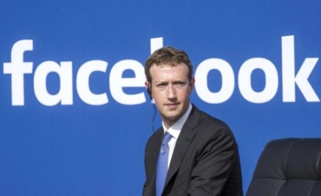 Zuckerberg veri krizi sonrası Facebook'u yeniden şekillendirecek