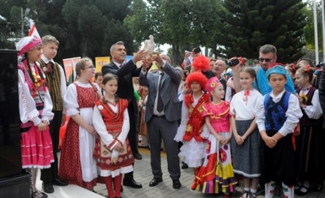 21. Uluslararası 23 Nisan Çocuk Festivali'nin açılışı yapıldı