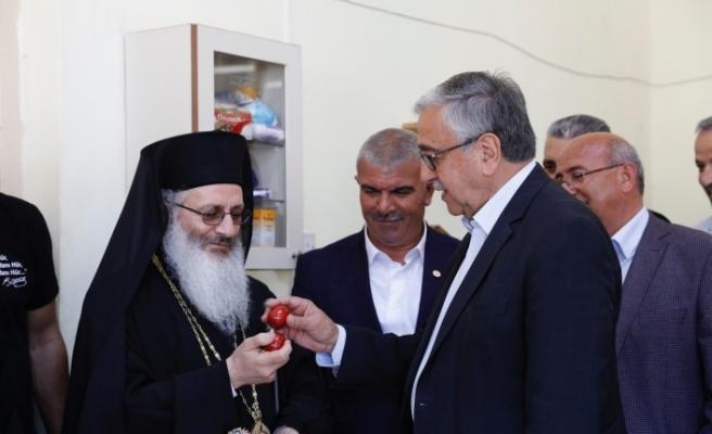 Akıncı, Dipkarpaz'da Rum vatandaşların paskalyasını kutladı