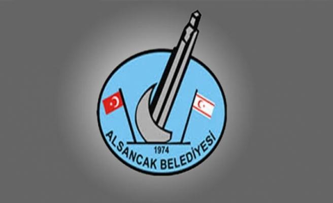 Alsancak Belediyesi, bölge halkına, evlerinin bahçesinde bulunan otları temizleme çağrısı yaptı
