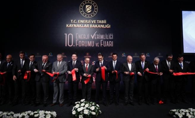 Bakan Nami, İstanbul'da katıldığı 10. Enerji verimliliği forum ve fuarı'nda konuştu