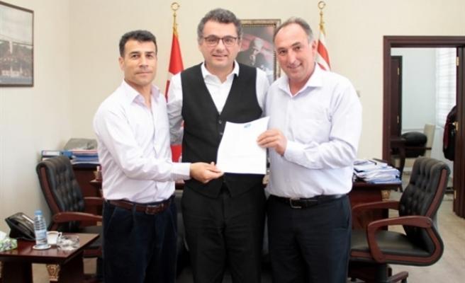 Başbakan Erhürman, Kırçiçek ve Pınar'ı kabul etti