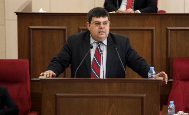 """Berova: """"Hükümet her oturumda Mecliste bulunmak mecburiyetindedir"""""""