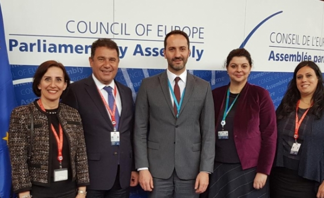 Candan ve Saner, AKPA toplantısında