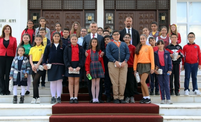 Çocuklar, Cumhuriyet Meclisi'nde