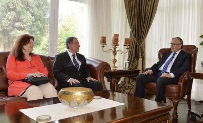 Cumhurbaşkanı Akıncı, Kamu Hizmeti Komisyonu Başkanlığı'na Yeniden Kamil Kayral'ı Atadı