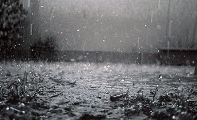 En çok yağış 51 kilogram ile Bostancı'da kaydedildi