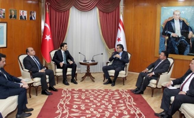 Erhürman, Yurtdışı Türkler ve Akraba Toplulukları'nı kabul etti