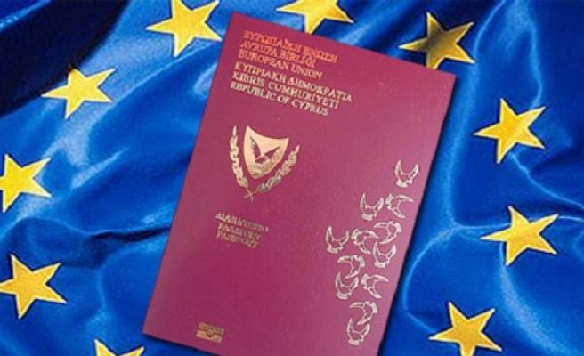İngiltere'de yaşayan Rumlardan pasaporta yoğun ilgi