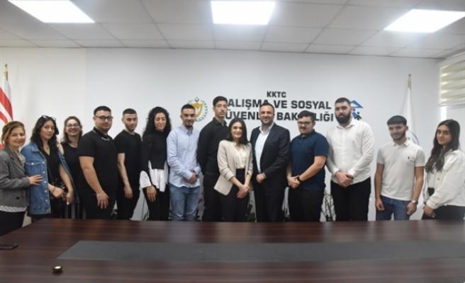 Kıbrıs Türk Gençlik Birliği İngiltere, kültürel gezi ve temasları çerçevesinde, Çeler'i ziyaret etti