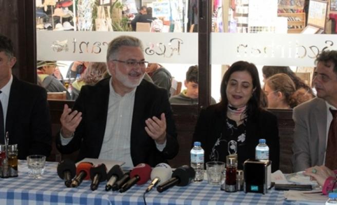 Kıbrıs Vakıflar İdaresi, 2018'de 8 milyon 282 bin 33 TL yardım yaptı