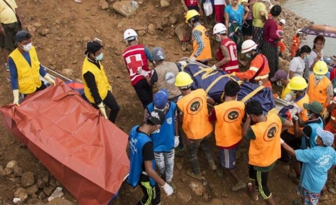 Myanmar'da toprak kayması:57 işçinin göçük altında