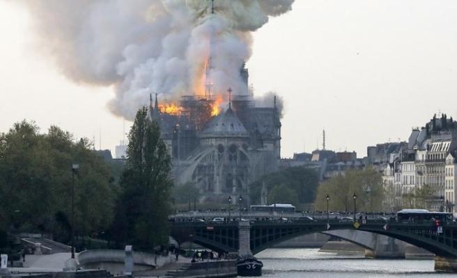 """""""Notre Dame Katedrali'nin en az 5-6 yıl kapalı kalması bekleniyor"""""""