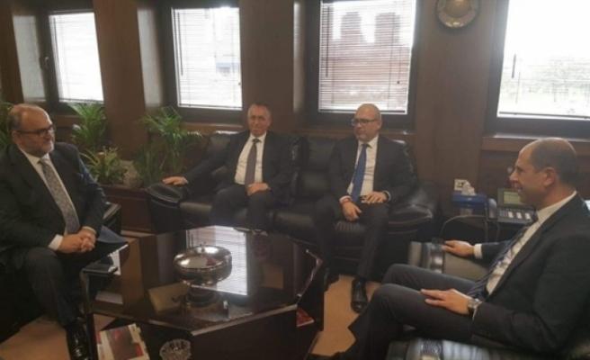 Özersay, Ankara'da TPAO Genel Müdürü ile görüştü