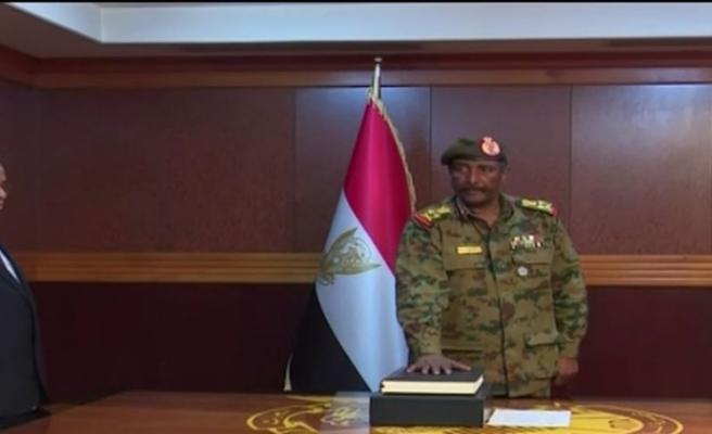 Sudan'da Askeri Geçiş Konseyinin yeni başkanı Abdulfettah el-Burhan oldu