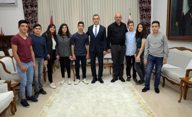 Uluçay, Mehmetçik Çocuk Belediyesi heyetini kabul etti