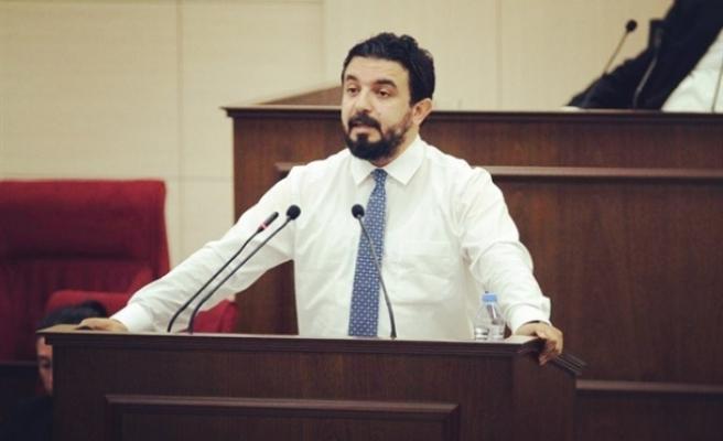 """Zaroğlu: """"Devletin itibarını sarsıcı söylemlerde bulunulmamalı"""""""