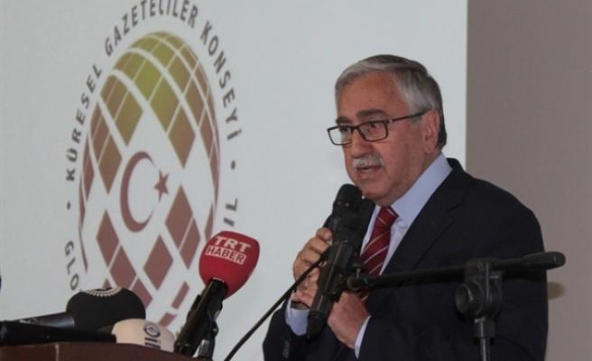 """Akıncı: """"Kıbrıs sorunu var diye halkımız mücadelesinden vazgeçmeyecektir"""""""