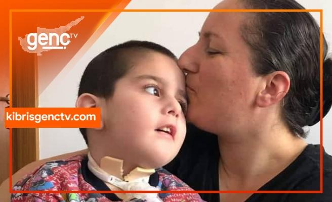 Aliye Ejder Geçitkale Belediyesi tarafından yılın annesi seçildi