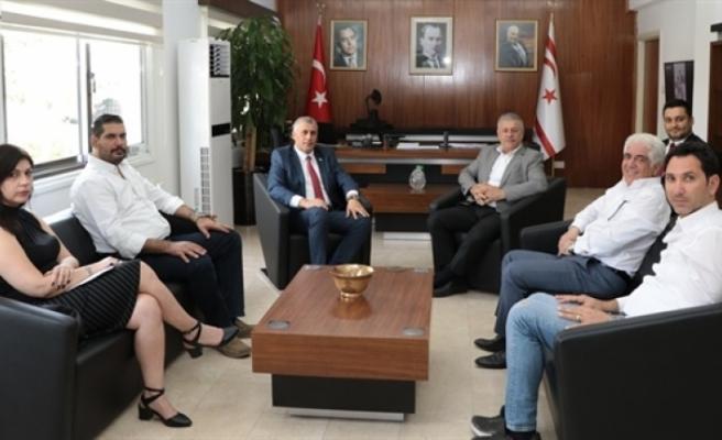 Amcaoğlu, Kıbrıs Türk İnşaat Müteahhitleri Birliği  temsilcilerini kabul etti