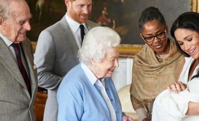 Bebeğin prens olup olmayacağına Kraliçe karar verecek