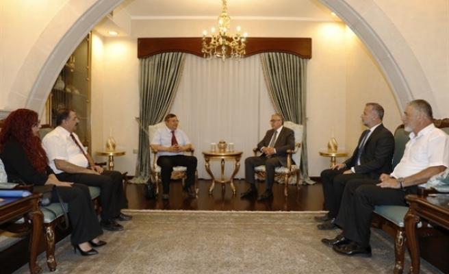 Cumhurbaşkanı Akıncı'dan hastaneye destek