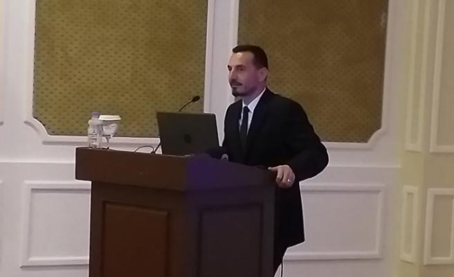 """""""Doğu Akdeniz'deki Hidro Karbon Kaynaklarına İlişkin Hukuki Sorunlar"""" paneli"""