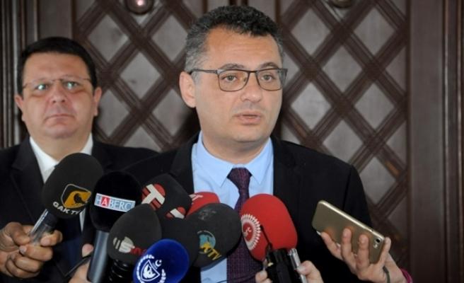 """Erhürman: """"Görev bir an önce Tatar'a verilmeli"""""""