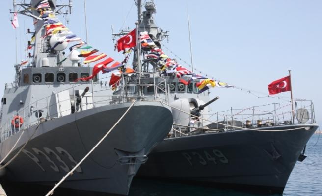 Gemiler ziyarete açıldı