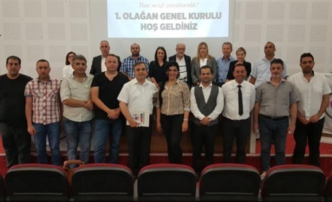 HAK-SEN  Başkanlığı'na yeniden İzzet Türkmen seçildi