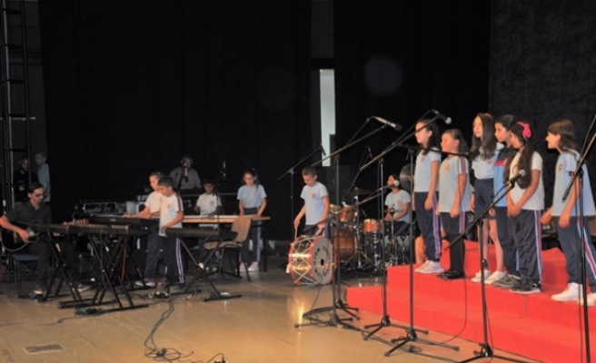 İlkokullar arası 5'inci Koro ve Orkestra Şöleni Mağusa'da yapıldı