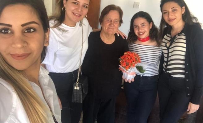 UBP Lefke İlçesi Gençlik Kolları anneler gününü kutladı