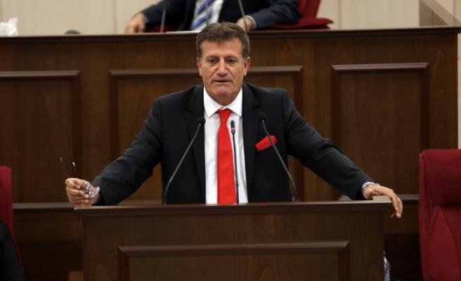 Vakıflar ve uyuşturucu konuları Meclisin gündemindeydi